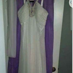 WEDDING/PROM DRESS 13/14-NEW